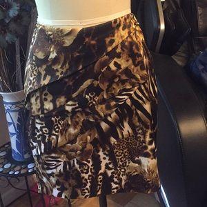 Cache flap skirt size 6